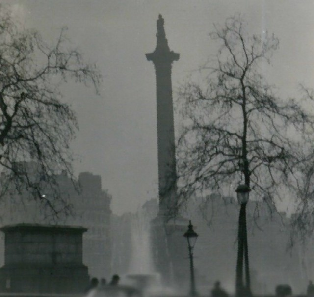 Nelson's Column during the Great Smog